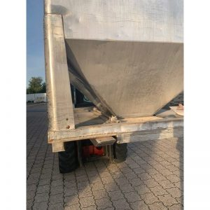 bulk-material-container-3000-litres-standing-side-3901A