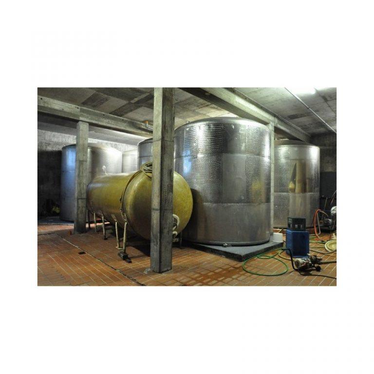 flat-bottom-tank-16000-litres-standing-side-3108