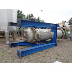 pressure-vessel-790-litres-standing-bottom-3897