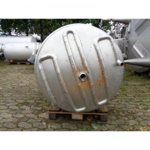 mixing-tank-1100-litres-standing-bottom-3908