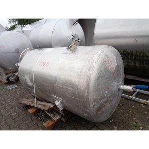 mixing-tank-1100-litres-standing-top-3906