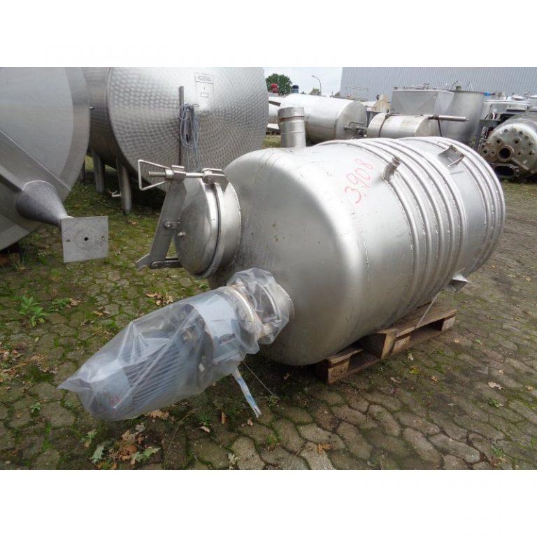 mixing-tank-1100-litres-standing-top-3908