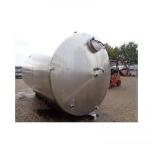 mixing-tank-18700-litres-standing-front-3240
