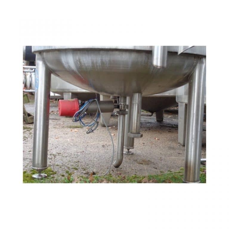 stainless-steel-tank-15000-litres-standing-bottom-3755