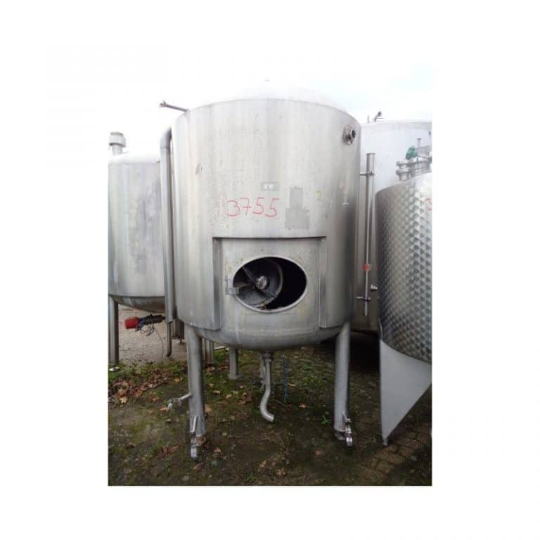 stainless-steel-tank-15000-litres-standing-front-3755