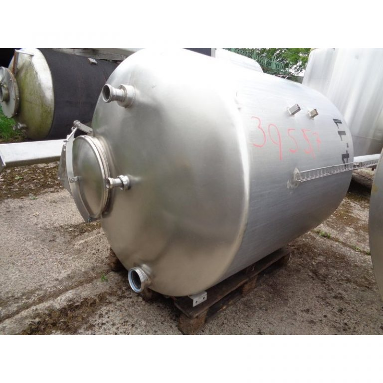 stainless-steel-tank-2000-litres-standing-top-3957