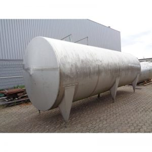 stainless-steel-tank-20000-litres-laying-outside-3946
