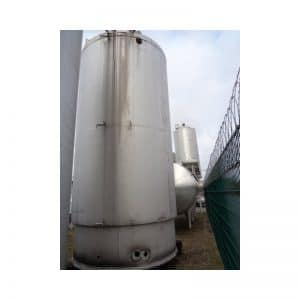 stainless-steel-tank-20000-litres-standing-outside-3812