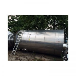 stainless-steel-tank-25000-litres-standing-side-3418