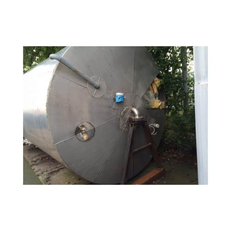 stainless-steel-tank-25000-litres-standing-top-3418