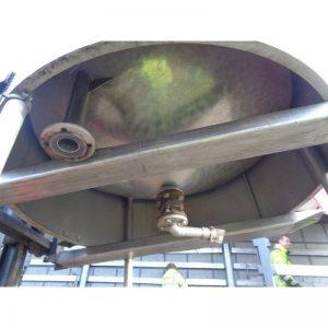 stainless-steel-tank-2600-litres-standing-bottom-3930