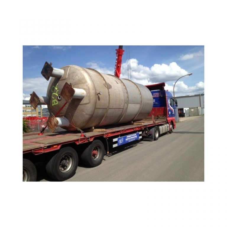 stainless-steel-tank-30000-litres-standing-bottom-side-3339