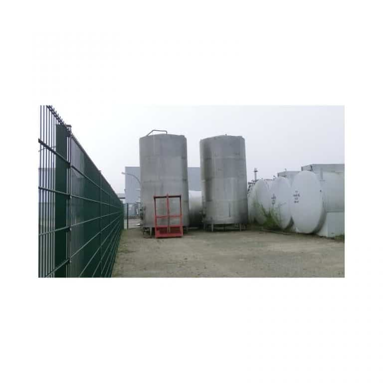 stainless-steel-tank-32000-litres-standing-side-far-3520