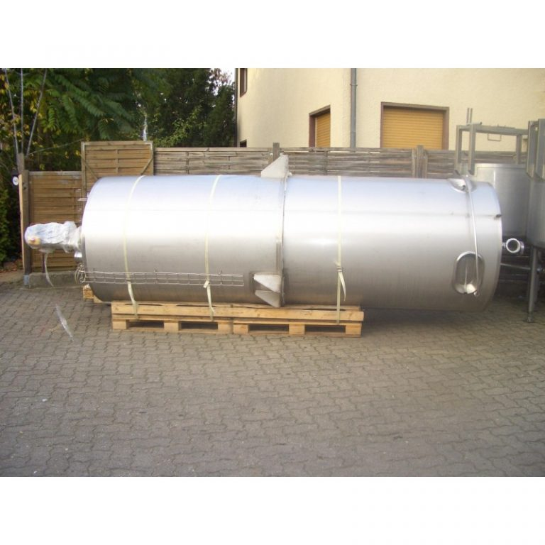 stainless-steel-tank-3850-litres-standing-side-3437