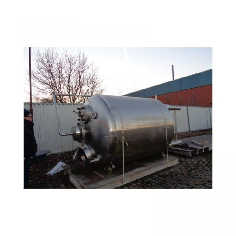 stainless-steel-tank-5000-litres-standing-side-3697