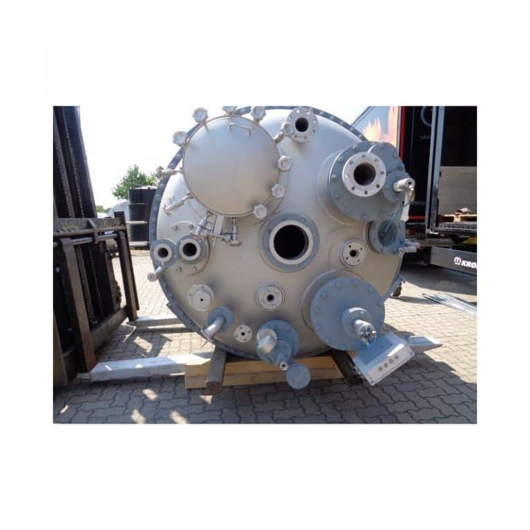 stainless-steel-tank-5000-litres-standing-top-3627