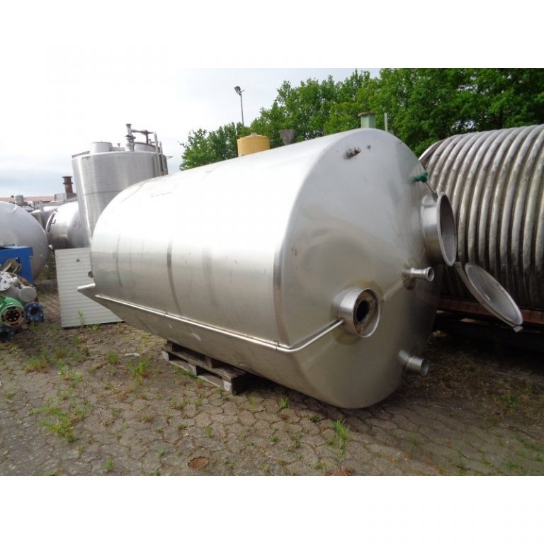 stainless-steel-tank-5200-litres-standing-top-3944