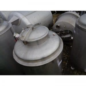 stainless-steel-tank-700-litres-standing-top-3928