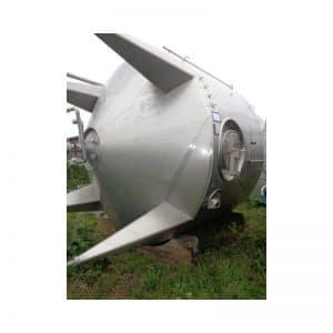 sterile-tank-18000-litres-standing-back-3884