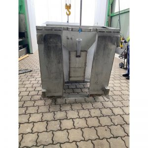 transport-container-3000-litres-standing-bottom-3901