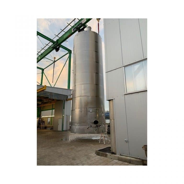 mixing-tank-100000-litres-standing-front-3842
