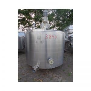 mixing-tank-1600-litres-standing-front-3844