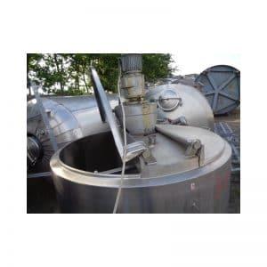 mixing-tank-1600-litres-standing-top-3844