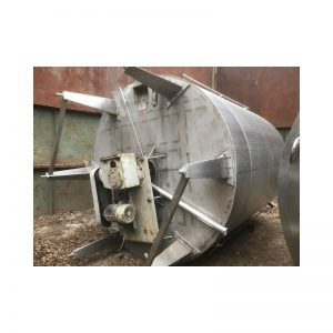mixing-tank-2000-litres-standing-bottom-3880