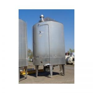 mixing-tank-2000-litres-standing-front-3880