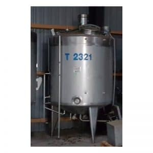 mixing-tank-2580-litres-standing-front-3859