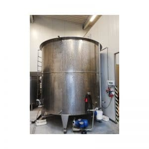 mixing-tank-2580-litres-standing-front-3861