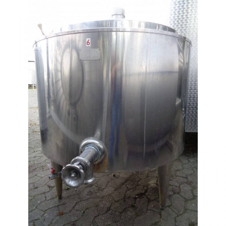 mixing-tank-400-litres-standing-front-3843