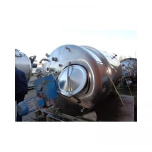 mixing-tank-4500-litres-standing-top-3700
