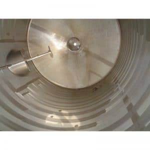 mixing-tank-5000-litres-standing-inside-3949