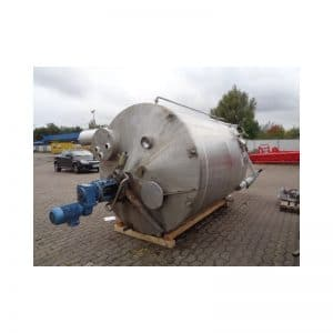 mixing-tank-7500-litres-standing-top-3836