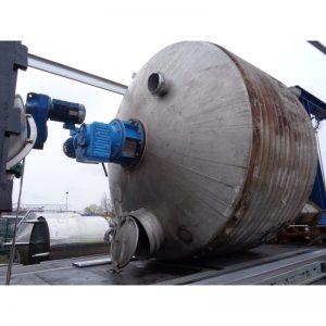 mixing-tank-8000-litres-standing-top-3791