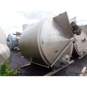 mixing-tank-8000-litres-standing-top-3919