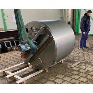 mixing-tank-1040-litres-standing-top-3917