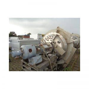 mixing-tank-2000-litres-standing-top-3688