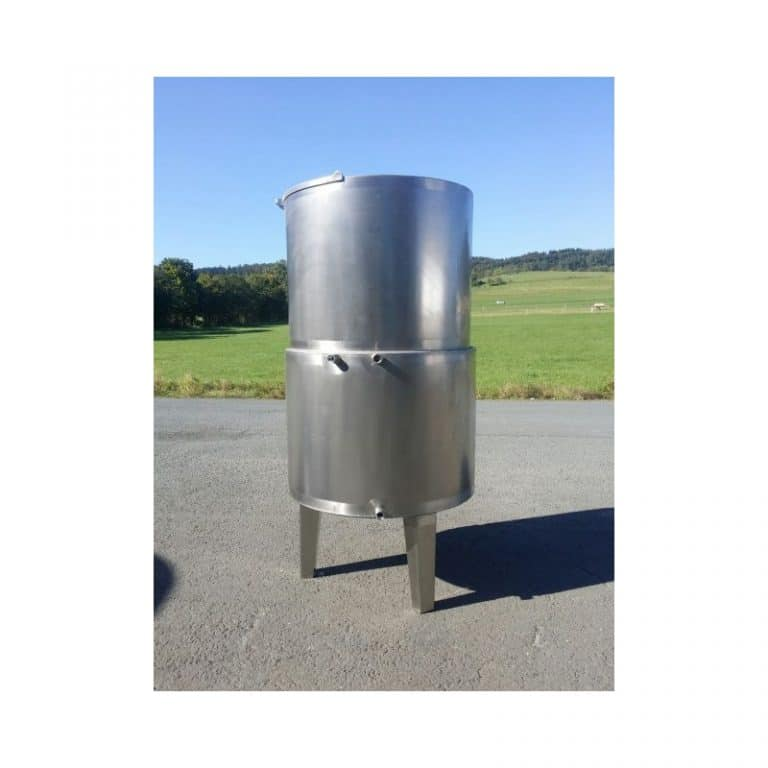stainless-steel-tank-1000-litres-standing-side-3564