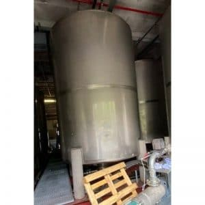 stainless-steel-tank-11900-litres-standing-front-3960