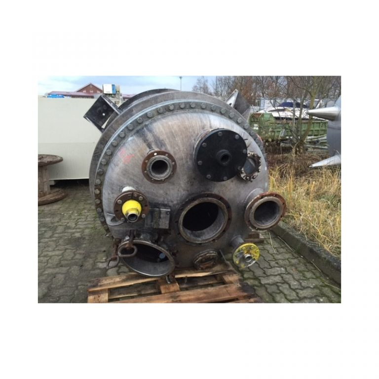 stainless-steel-tank-16000-litres-standing-top-3446
