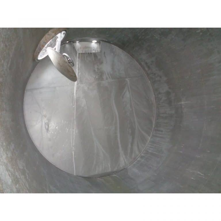 stainless-steel-tank-20000-litres-standing-inside-3914