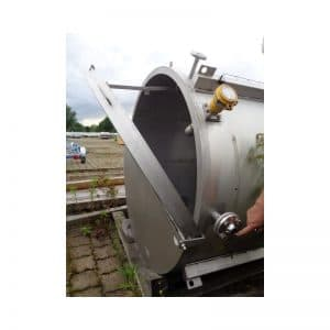 stainless-steel-tank-22000-litres-standing-top-open-3670