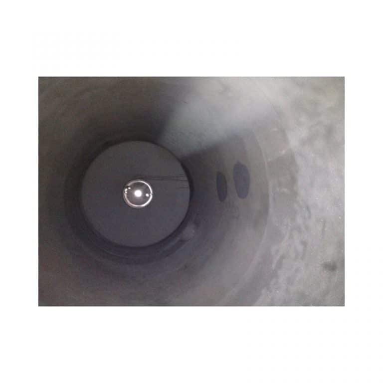 stainless-steel-tank-4000-litres-standing-inside-3275