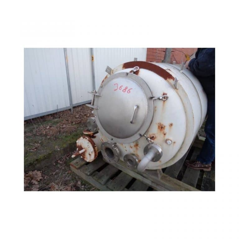 stainless-steel-tank-500-litres-standing-top-3686