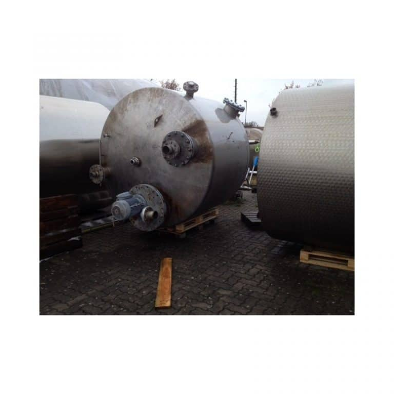 stainless-steel-tank-5900-litres-standing-top-3375