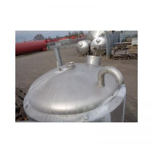 stainless-steel-tank-900-litres-standing-top-3814