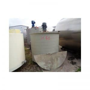mixing-tank-1000-litres-standing-front-3646