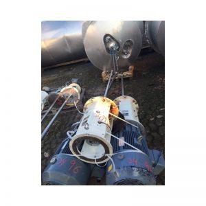 mixing-tank-1200-litres-standing-close-3499